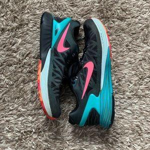 Nike lunarlon sneakers